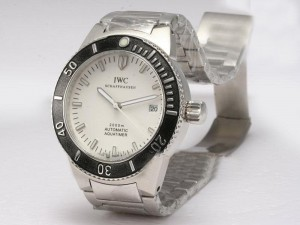 iwc-aquatimer-white-dial-with-black-bezel-watch-17_2